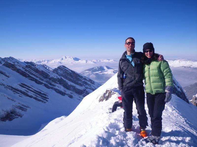 Dani et Laure au sommet de Tête Pelouse (Aravis)