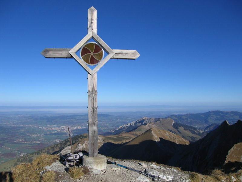 Croix au sommet du Vanil de l'Ecri