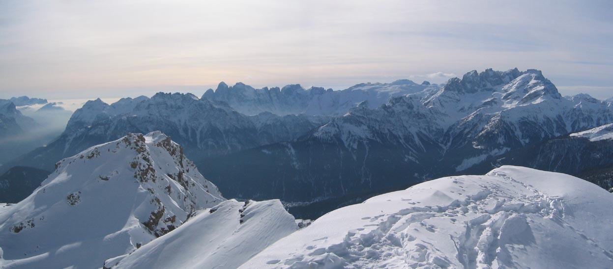 panorama Sud depuis Forca Rossa (Mulaz et Pale di San Martino à droite)