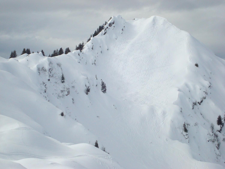 Roche Pourrie: versant Nord tout tracé.