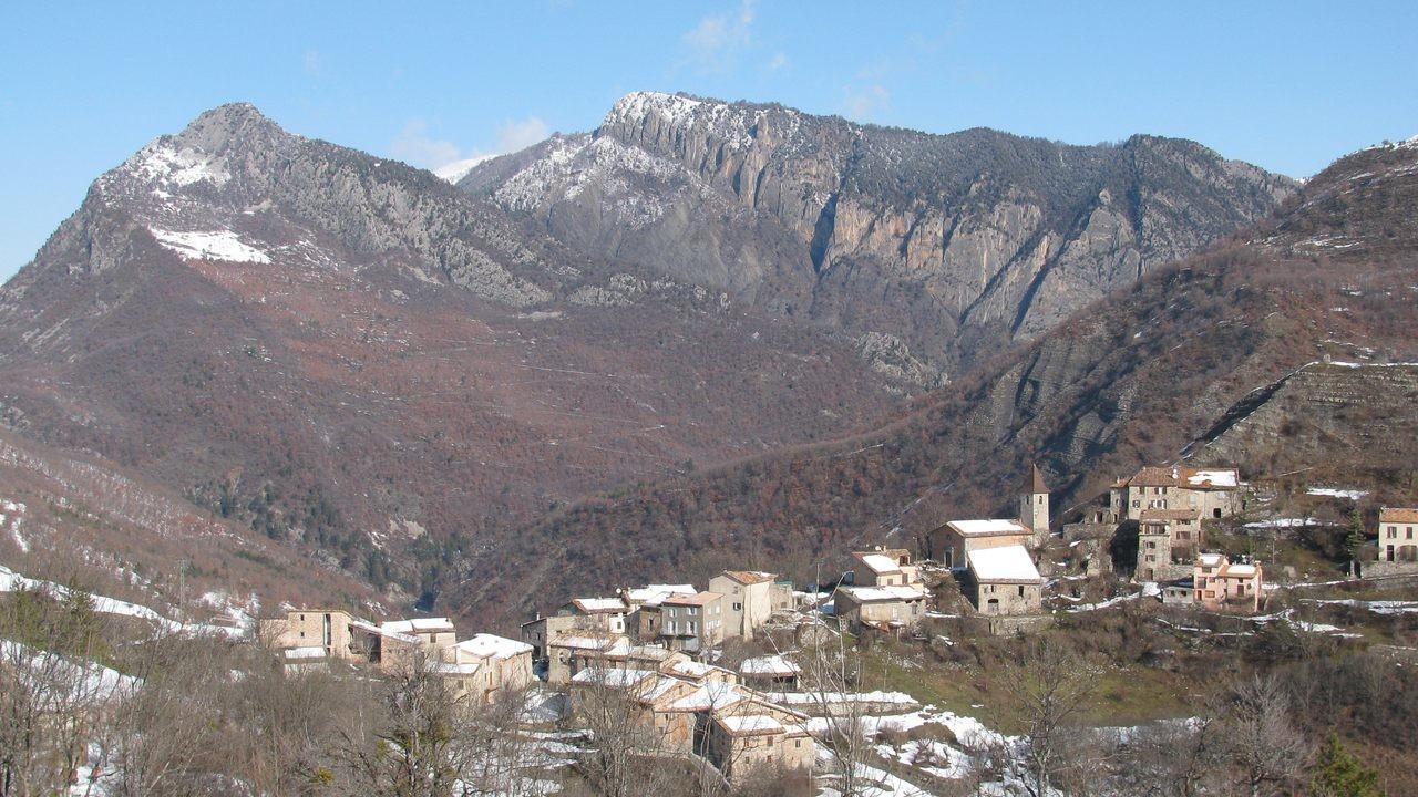 Le village de Reynier, point de départ