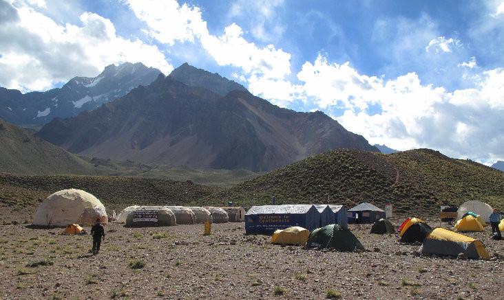 Confluencia et le Cerro Tolosa (5432 m)