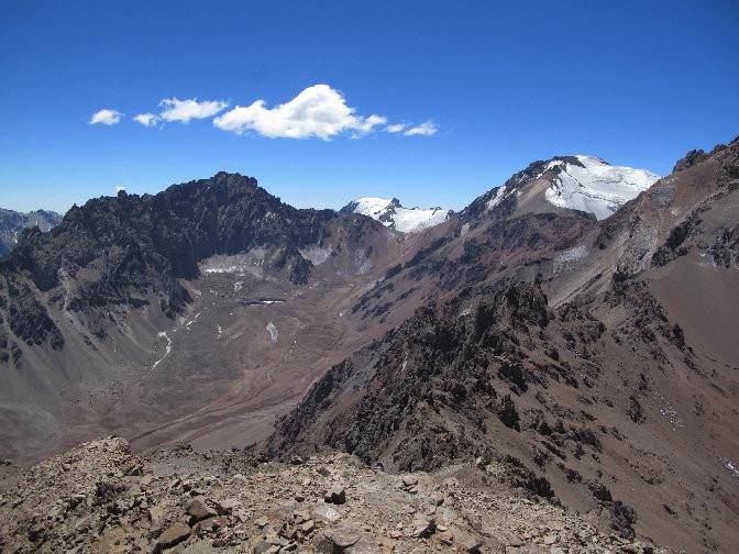 El Cerro Pan de Azucar y su Col E, en la parte alta dela quebrada de Matienzo (Andes argentinos)