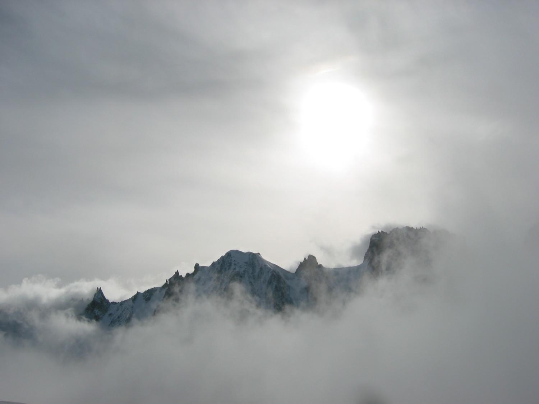 Les courtes au dessus des nuages