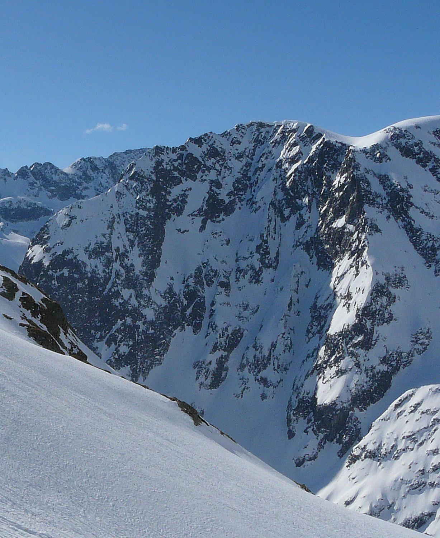 Mont Oreb face N