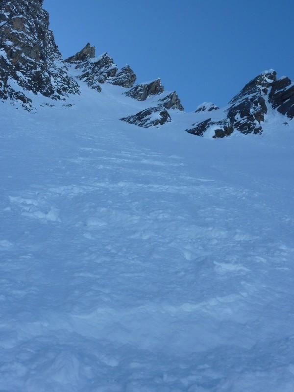 Bonne neige, couloir NE gauche du Golliat