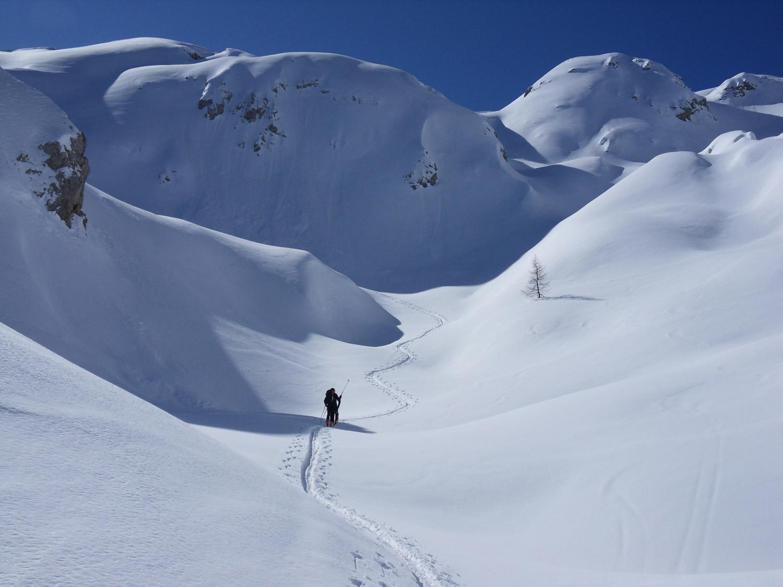 il fantastico mondo di neve delle doline