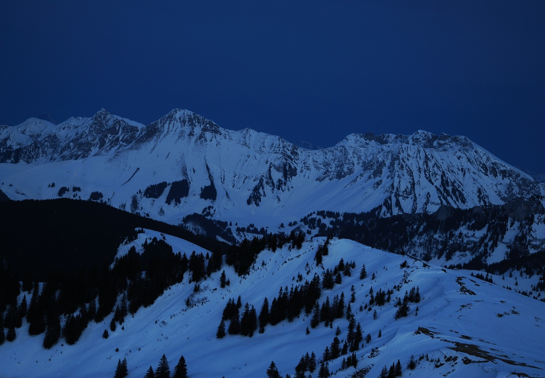 Crépuscule depuis la Berra en direction des Préalpes Fribourgeoises