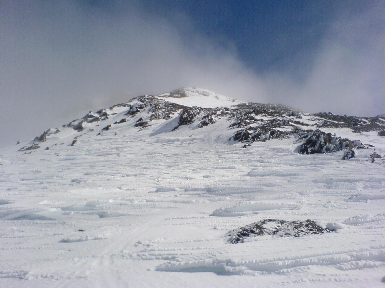 La cresta W del palon de la mare, pelata dal vento,23-03-2010