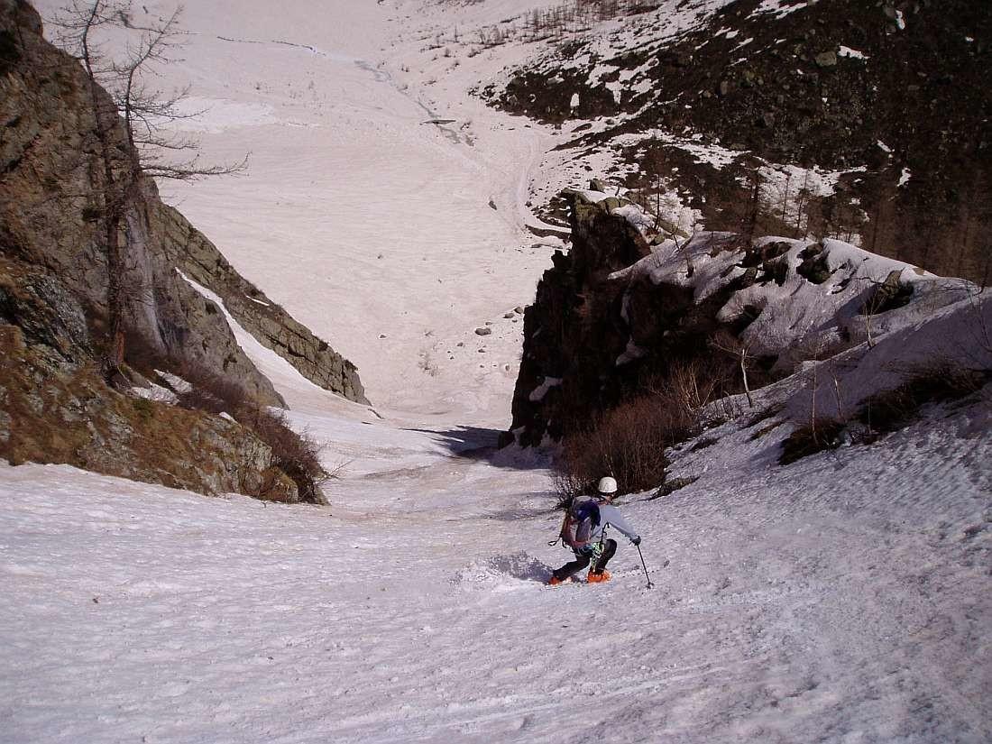 Traversée Pelvoux 2004 : Fin de parcours 2100/1845 Ravin de La Neyre Pont du Ban