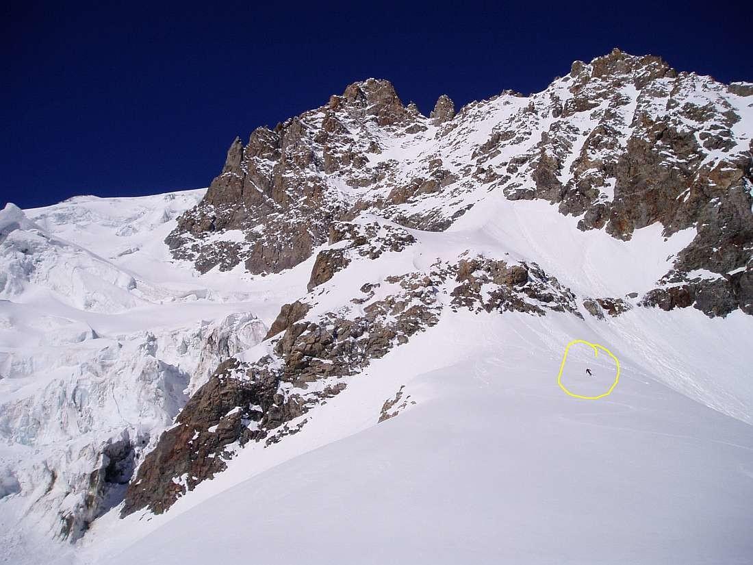 Traversée Pelvoux 2004 : L'echappatoire malin qui permet de NE PAS PASSER dans les séracs du Glacier des Violettes
