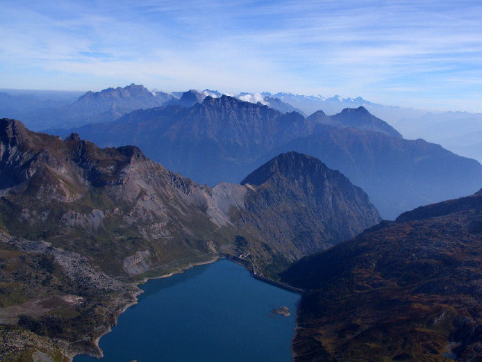 Le lac de Salanfe et les prémices de l'Oberland