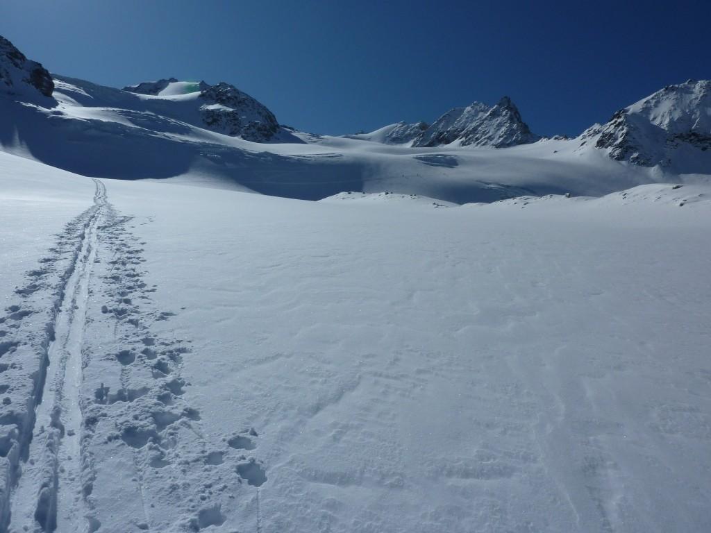 Entrée du glacier de Boveire et Combin de Boveire en vue