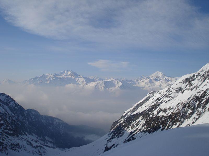 Brouillard matinal en fond de vallée