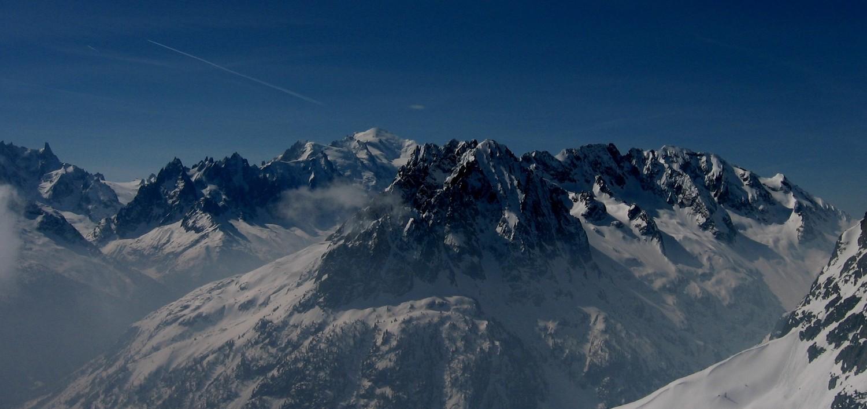 L'envers des Aiguilles Rouges et le Mont-Blanc