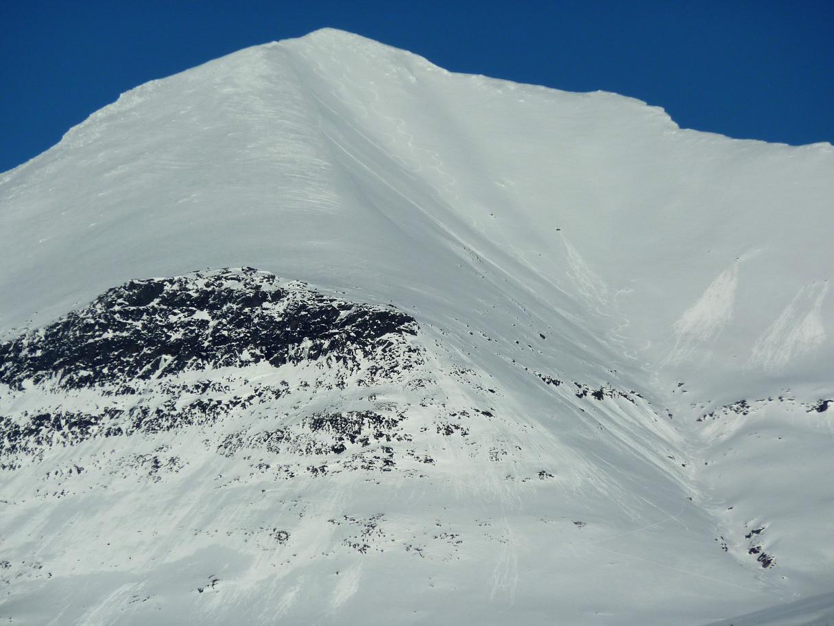 Istindan (Troms) - Sommet N : Croupe et Combe SW