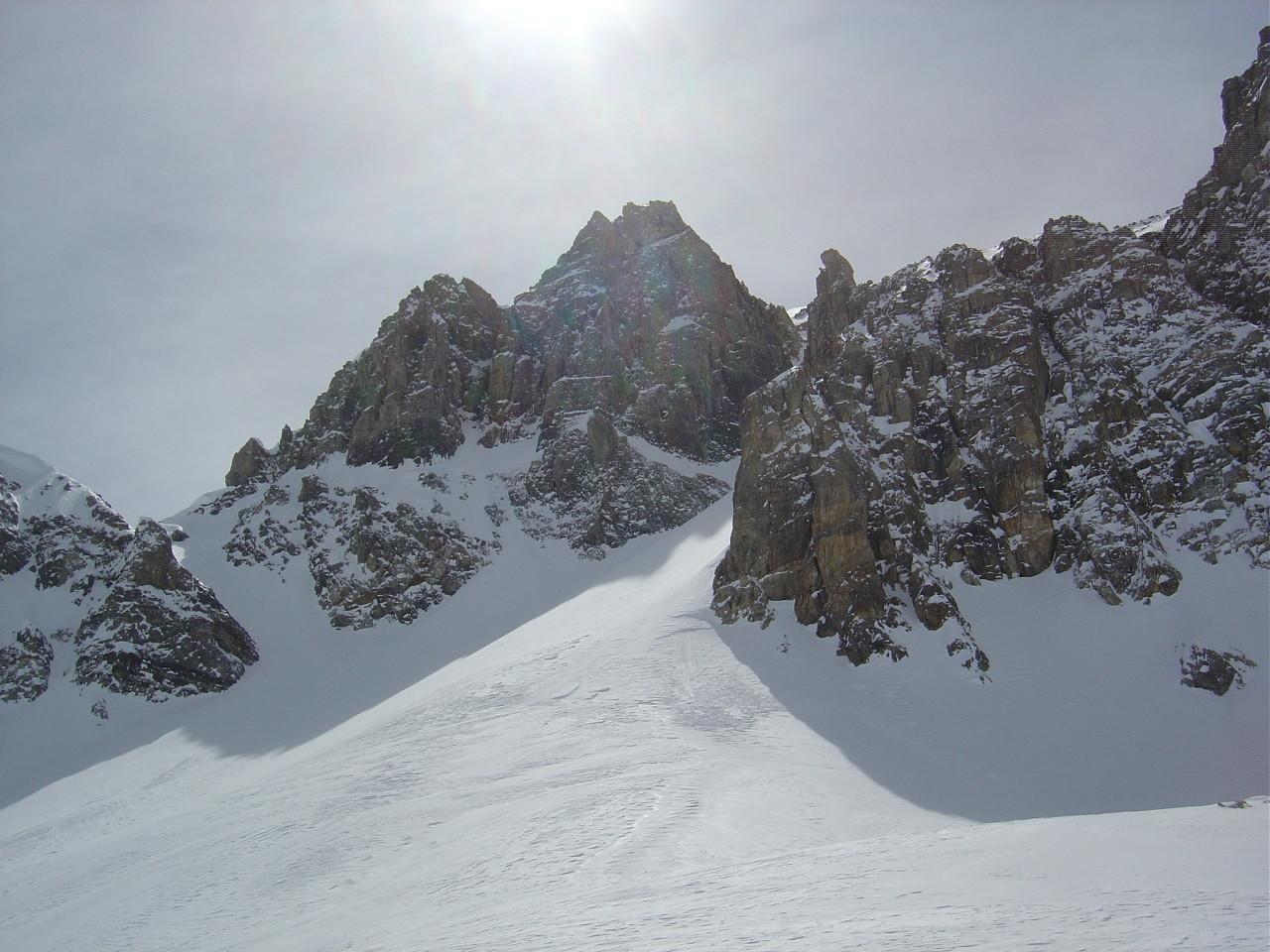 Le versant N du col de la Petite Part.
