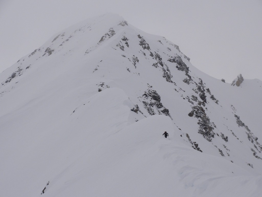 Diego sulla cresta del monte vago