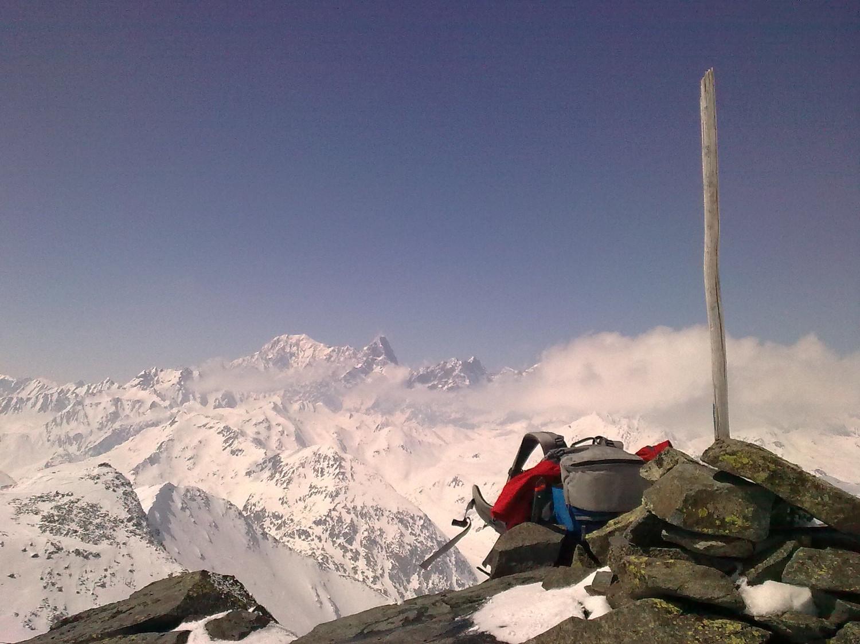 Mt-Blanc et Grdes Jorasses au loin