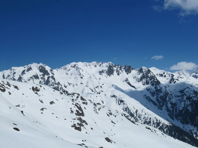 La traversée de la Brèche de la Roche Fendue au Pas de la Coche est en montagnes russes...