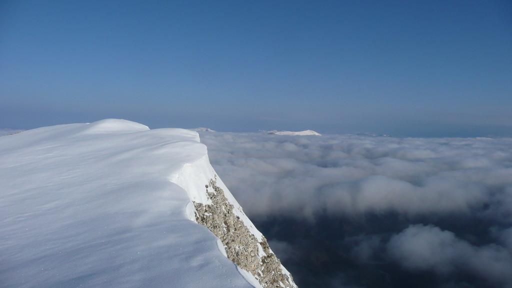 Cheval Blanc, couloir Nord vu vers ne Nord Ouest.