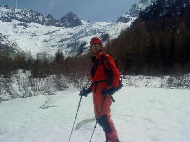 hubert avec au fond le glacier du trient - 1900m