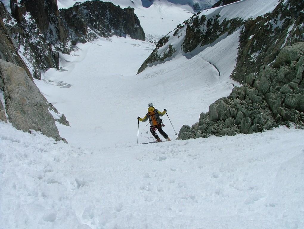 Glacier du Milieu, dans le goulet : et c'est la sortie ...