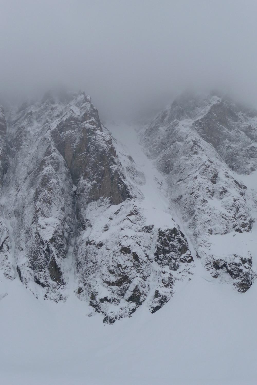 Mayer Dibona, Thierry là-haut dans le brouillard