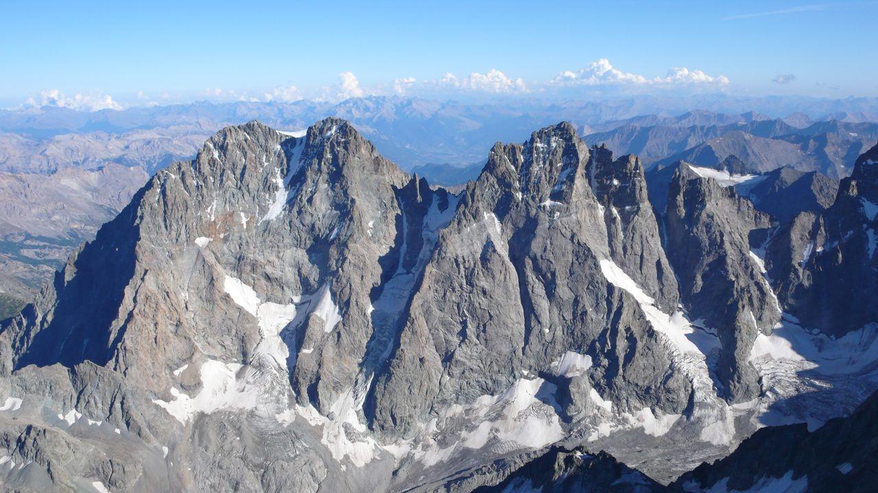 Faces N du glacier noir : Pelvoux, pic Sans Nom et Coup de Sabre
