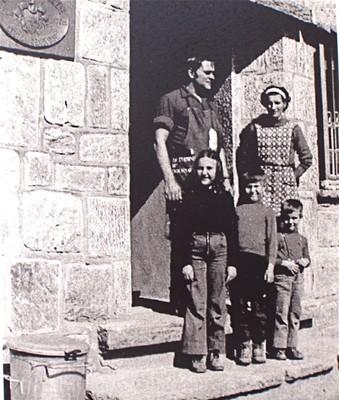 Maxime, Jeanne et famille