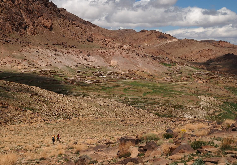 Descente du Sirouah vers les Bergeries d'Iriri