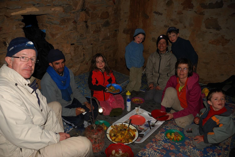 Repas du soir aux Bergeries d'Iriri, de retour du Sirouah
