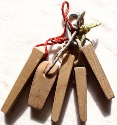 Le klzzwxh:0254bonklzzwxh:0255 vieux temps: protection par des coins de bois