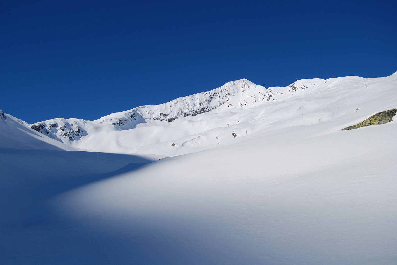 Il Pizzo Galleggione versante N. (Val Prasgnola)..