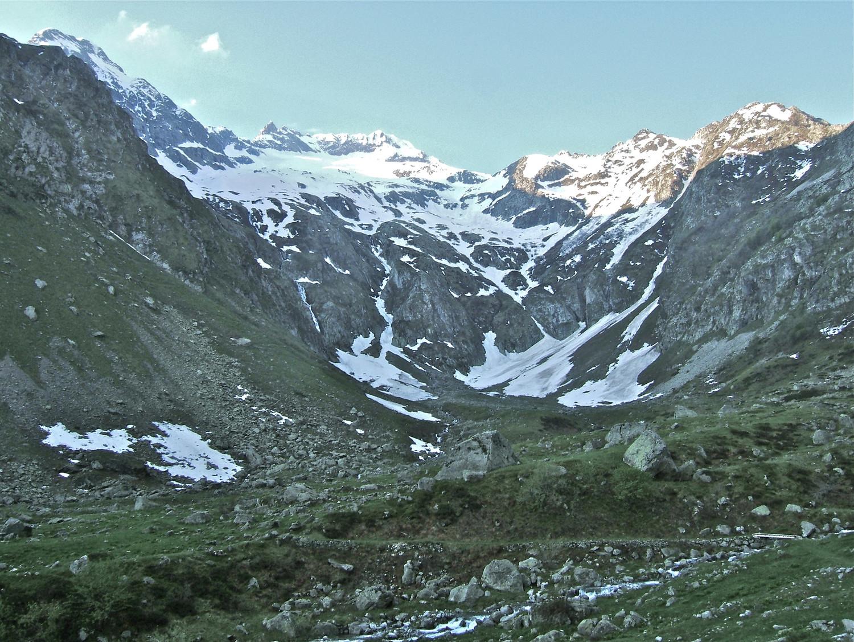Glacier de la Siula et la crête du Gélas.