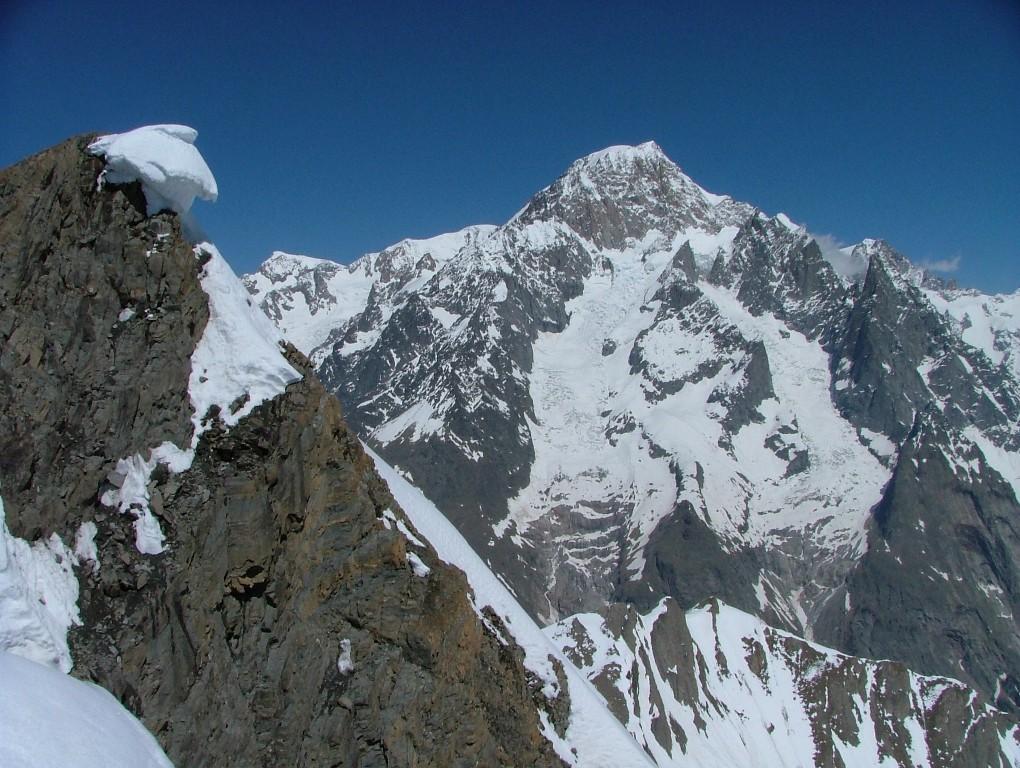 le Berrio Blanc : le sommet approche et les 1° vues sur le Mt Blanc