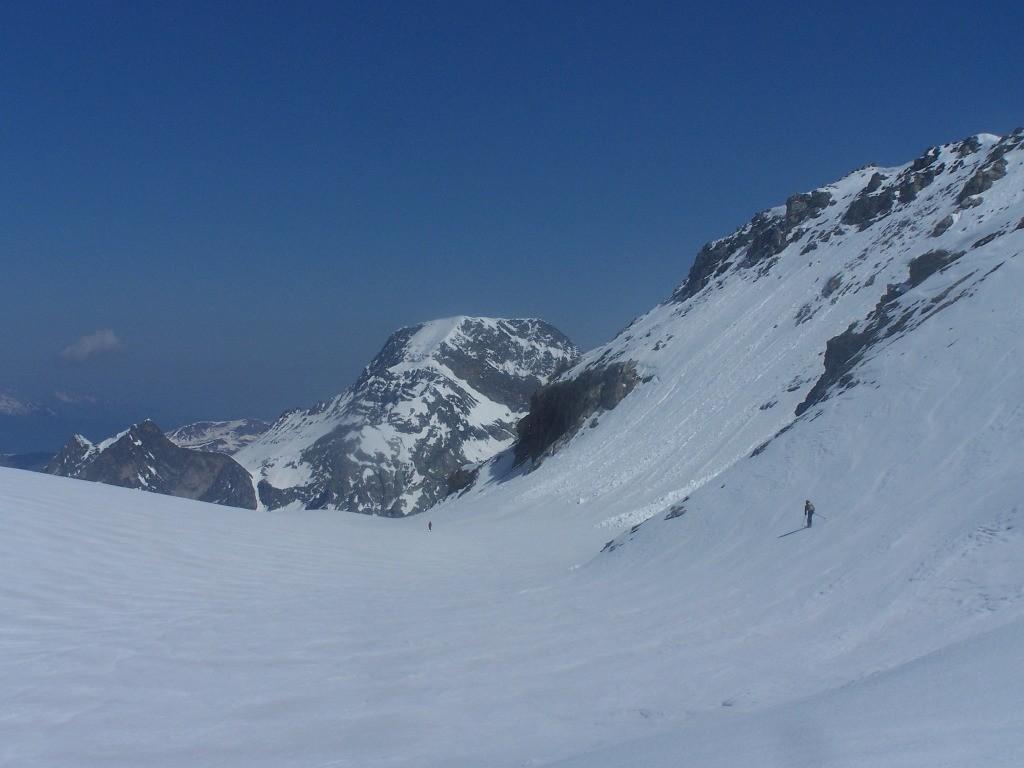 Descente a ski de la Rechasse, sur le glacier Ferrand