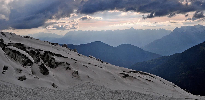 Aravis depuis la traversée de Plan Glacier à 19h30