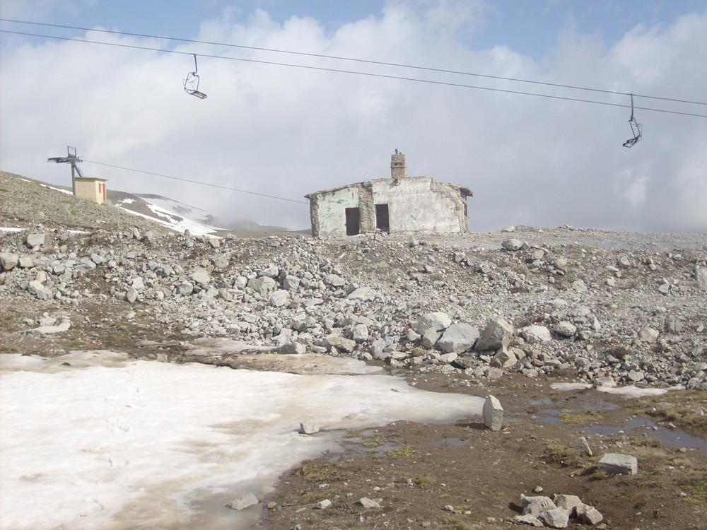 Un endroit à squatter vers 2800m