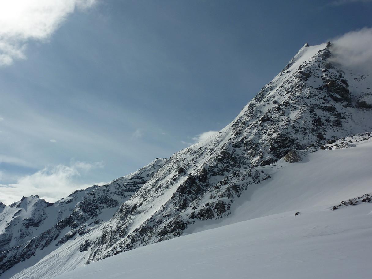 Mont Turia : Face N de profil