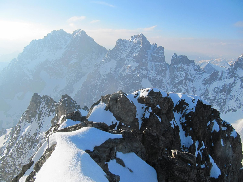 Conditions au sommet et des faces N du glacier noir : ca semble en très bonnes conditions !!!!