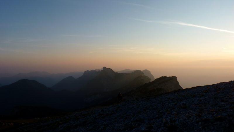 Lever de soleil sur le Nord de la Chartreuse