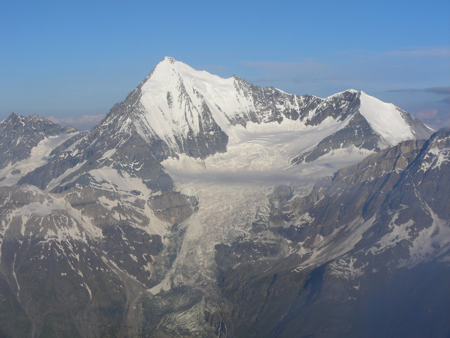 Weisshorn (left) and Bishorn (right), seen from the Dirrujoch pass