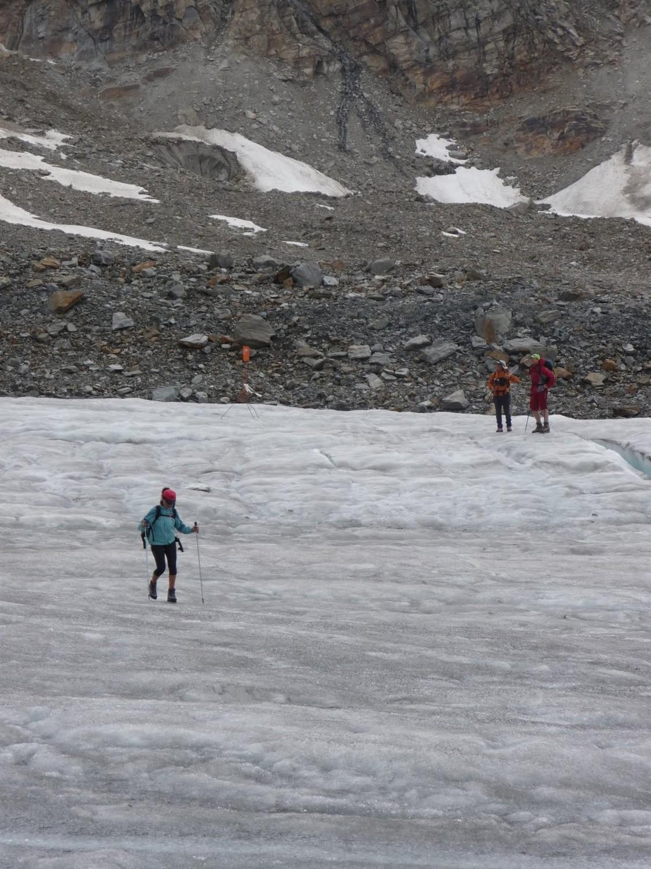 Glacier traverse across to hut