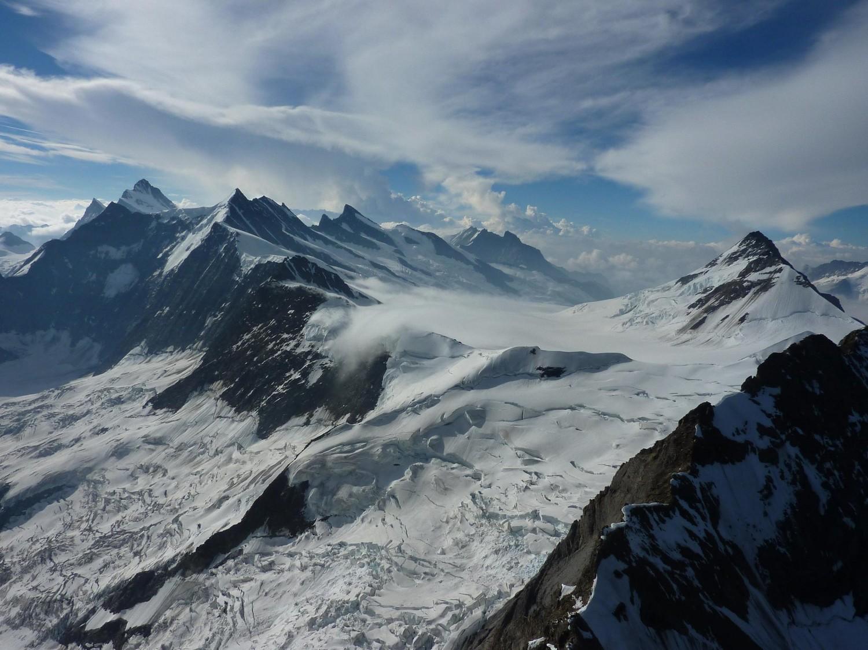 Le haut du glacier d'Aletch depuis l'arête Mittellegi