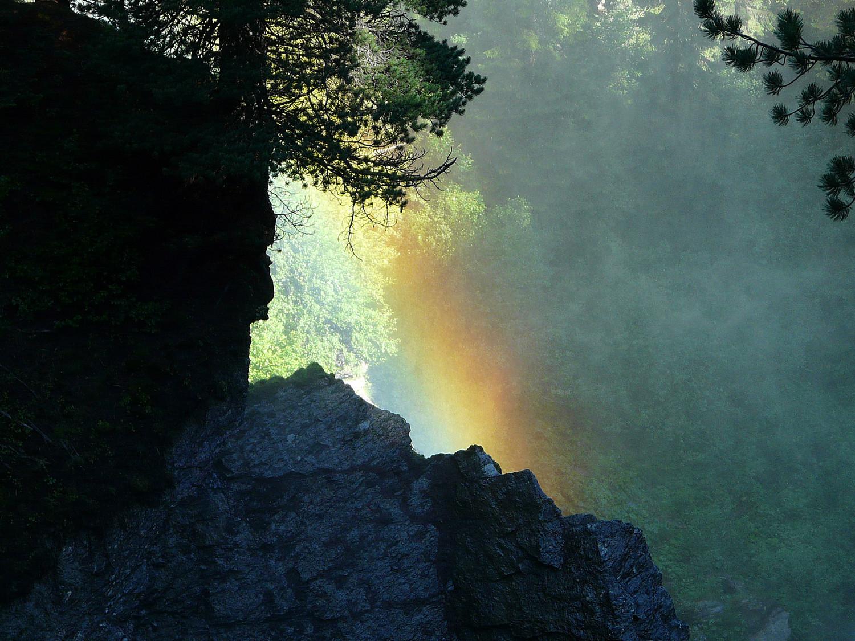 Un bel effet de lumière au dessus des cascades