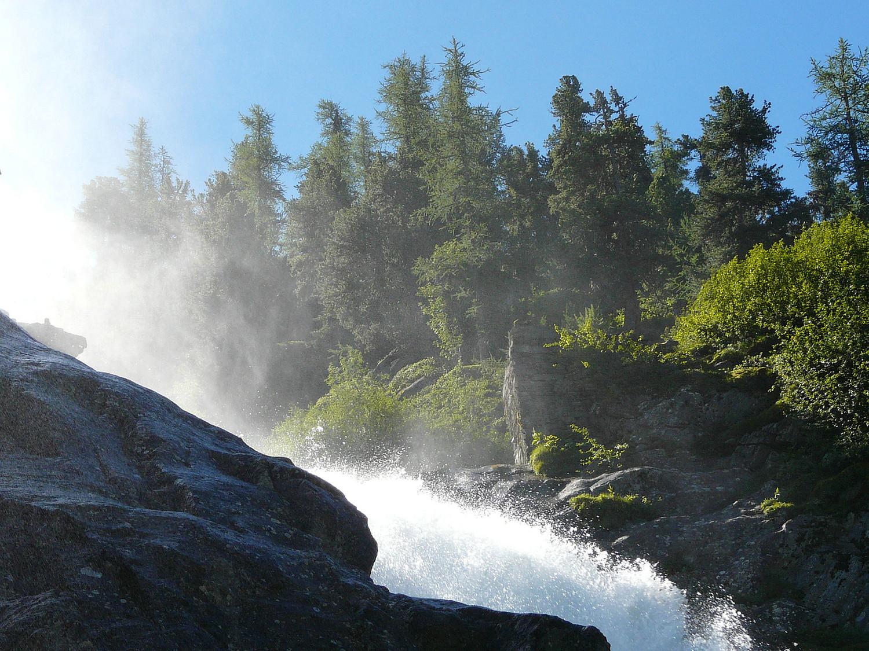 Impressionnante la série de cascades