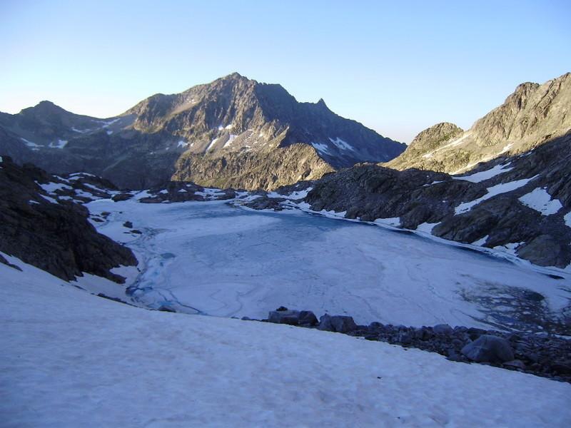 Lac Tourrat -Turon du Néouvielle derrière