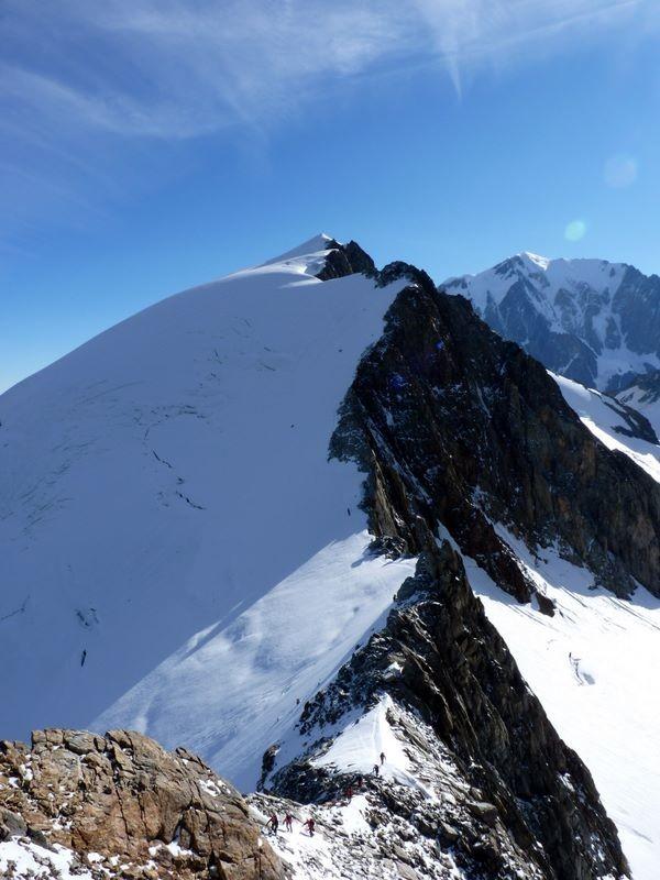Itinéraire de descente des Dômes de Miage depuis l'Aiguille de la Bérangère