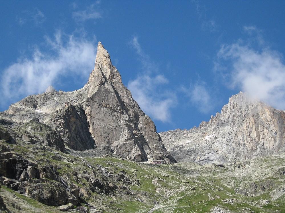 Pic Gény - Arête E : Descente par le vallon du Soreiller avec son inmanquable Dibona
